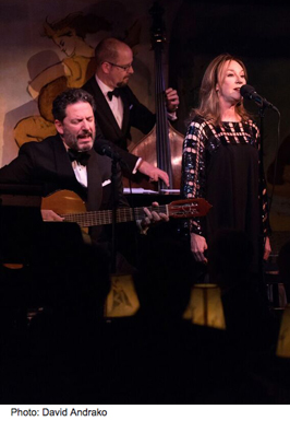 CafeCarlyle03